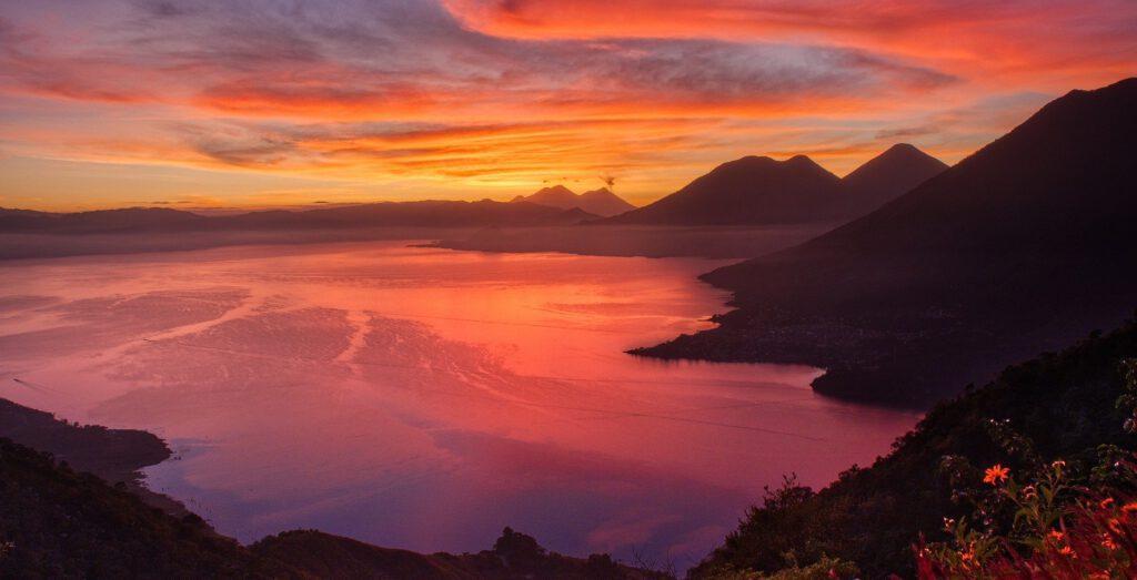 Gwatemala Jezioro Atitlan Relaksmisja