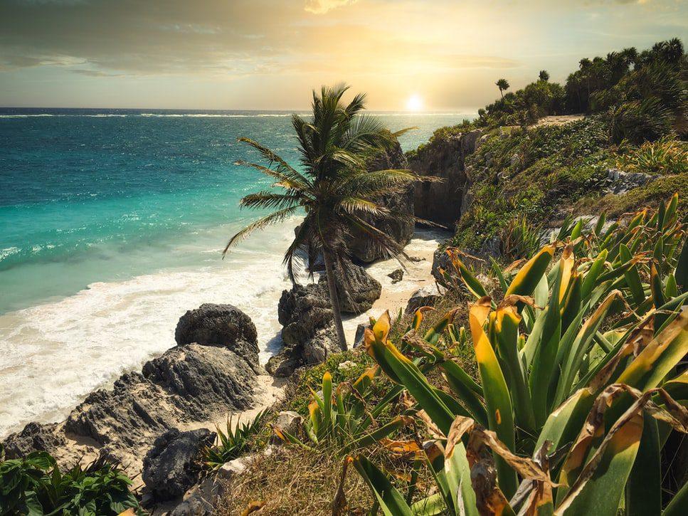 Tulum Meksyk piękna plaża skały morze